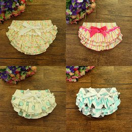 Wholesale Girls Ice Cream Top - Baby Bloomer Print Shorts Give Hairband as Present with Ball Top Lace Bow Floral Ice Cream Colorful Stripes Print Pants 0-24M