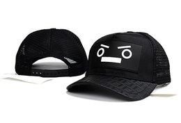 Wholesale Top Hat Designs - Fashion Patchwork Cap Top Quality Mesh Style Summer Baseball Caps Popular Casual Couples Cap Outdoor Sun Hats Brand Design Unisex Hat Cap