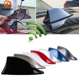 Polo al por menor online-Antenas de señal de coche Antena de aleta de tiburón para Polo Ford Nissan Señal FM Techo de señal AM Antenas de radio Antenas de techo (al por menor)