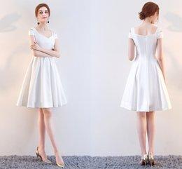 72c53768e2e 2019 красные белые коктейльные платья Бесплатная Доставка Высокое Качество  Белый Красный Бал Пром Платье Плечо Весной