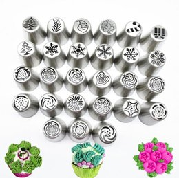 Wholesale cake design supplies - 30piece set Russian Piping Tips Christmas Design Icing Piping Tips Set Cake decorating Supplies Russian Nozzles Pastry Baking Tool