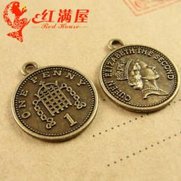 Monedas de penique al por mayor online-A3936 17 * 19 MM de bronce antiguo encantos de monedas antiguas, un penique reina Elizabeth el segundo S Avatar joyas de bricolaje al por mayor colgantes redondos