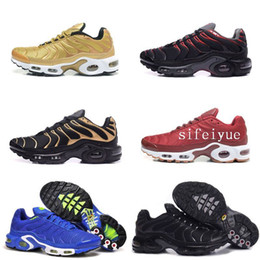 Wholesale runner lights - Discount Hight Quality Sports Running Shoes New TN Men Black White Red Mens Breathable Runner Sneakers Man Trainers Tennis Shoes