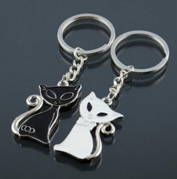 Wholesale Wholesale Metal Trinket - Cute Metal Hot Sale Cute Couple Cat Keychain for Lovers Alloy Fashion Enamel Trinket Ring For Car Key Chain The New Year gift K83