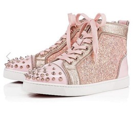 b55b2c002 Hot 2018 New Men Women Pink Glitter Patch Cuero de trabajo con puntas de  oro Toe High Top Red Bottom Sneakers
