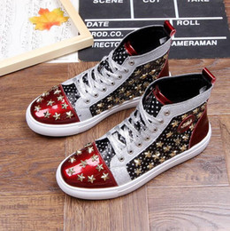 Coreano novo tornozelo botas on-line-Novos Sapatos de Hip Hop Coreano Moda Alta Top Sapatos Casuais Para homens de Couro genuíno Rendas até Homens Respirável marca rebite Ankle boots