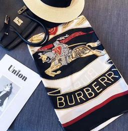 Nova alta qualidade clássico europeu e americano de Luxo estilo quente designer de marca de seda impresso lenço elegante senhora envoltório cachecol D0234 de Fornecedores de coreano, meninas, tricotar, suéter
