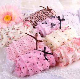 Ropa interior de encaje lindo online-Envío gratis 5 unids / lote Bragas de algodón de las mujeres Fábrica bragas de encaje individuales calzoncillos ropa interior de encaje sexy Cute Girl briefs C010