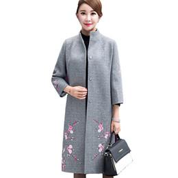 a56714e2371f lange wolle rote mantel frauen Rabatt Großhandels-Frauen Winter Wollmantel  Damen Gestickte Woolen Jacke Mantel