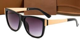 Wholesale unique drives - 2018 multi color Luxury unique 3718 sunglasses women men brand designer sunglasses for women men fashion retro green sunglass