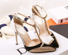Wholesale european american high heels - 2018 summer new European and American fashion new hotsales high-heeled women's shoes tip diamond color sexy sandals