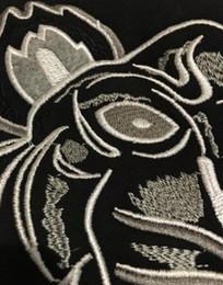 2018 envío gratis hombres mujeres bordado tigre logo suéter chándales chaqueta de puente negro / blanco talla S-2XL desde fabricantes