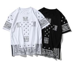 Hip hop street mens ropa online-2018 Camiseta para hombre Summer Street Style Clothing Hip Hop Printed camiseta Camiseta manga corta blanco y negro con cremallera Split Tops