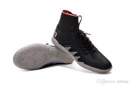 Wholesale Indoor Winter Boots - New Soccer Cleats 2018 Neymar JR Hypervenom Phantom II FG Football Boots CR7 Black Soccer Shoes NJR Soccer Cleats Indoor Shoes