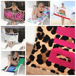 recém-nascido orgânico Desconto ROSA Carta de Amor Toalha de Praia de Algodão Impresso Desporto Toalha De Banho Plus Size Absorvente Toalhinha Beach Mat 145 * 70 cm DHW729