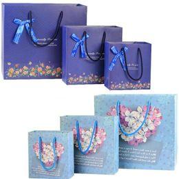 2019 sacchetti di carta di gioielli Sacchetto di carta bouquet di 2 colori formato 3 Sacchetto di carta Festival con manici borse di gioielli alla moda festa di compleanno di matrimoni sacchetti di carta di gioielli economici