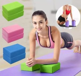 blocchi di ginnastica Sconti EVA Yoga Block Brick Sports Esercizio Gym Schiuma Allenamento Stretching Aid Body Shaping Salute Training Fitness mattoni casa blocchi GGA1195