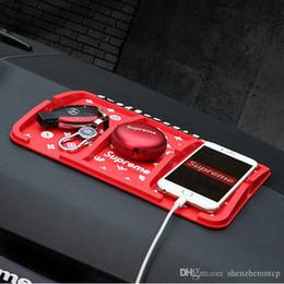 Almohadillas de teléfono online-Creative Auto Tarjeta de Estacionamiento Temporal del Coche Anti-Slip Dashboard Car Sticky Pad Antideslizante Estera GPS Soporte para Teléfono Dec22