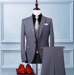Esmoquin de cachemira online-Custom made Mens Light Grey Cashmere Suits Formal Dress Men Suit Set hombres trajes de boda novio esmoquin (Jacket + Pants + Vest)