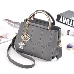 Wholesale Boutique Fashion Designers - New women's handbags woman handbags handbags hand bag shoulder diagonal single boutique leisure fashion women's designer bags ladies handbag