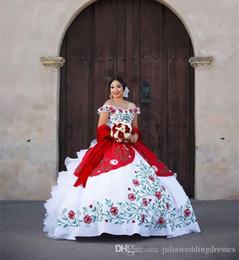 2018 New Sexy Blanc Et Rouge Quinceanera Robes Avec Des Perles De Broderie Doux 16 Prom Pageant Debutante Robe Parti Robe QC 1117 ? partir de fabricateur