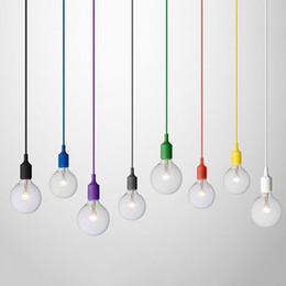 NUEVA VENTA CALIENTE Colorido E27 1 M Caucho de Silicona Cable de Cuerda de Techo Colgante Titular de la Lámpara Bombilla Socket Accesorios de Iluminación desde fabricantes