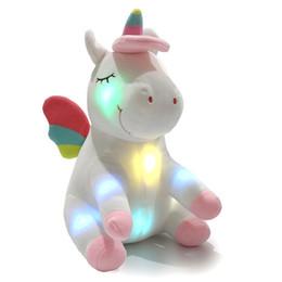 2019 leuchten puppen LED leuchten einhorn gefüllte tier spielzeug plüsch puppen cartoon einhorn spielzeug weihnachten geburtstag valentinstag geschenke 30 cm rabatt leuchten puppen