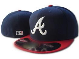 Canada Hommes Braves équipé chapeau à ras bord brodé équipe A lettre logo fans baseball Chapeaux Pas cher Baseball Caps braves sur le terrain capuchon fermé complet marine Offre