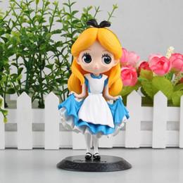 figura de ação robin vermelho Desconto Alice No País Das Maravilhas Bonito Bonito Modelo Dos Desenhos Animados Boneca PVC 16 cm para o Miúdo Estatueta Japonesa Anime Action Figure Coleção Brinquedos 170536