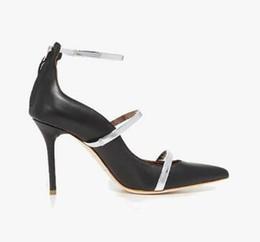 Seide hochzeit sandalen online-Pink Silver Silk Stiletto Heels Damen Hochzeitsschuhe Sexy Spitzschuh Damen Pumps Metallband High Heels Damen Sandalen