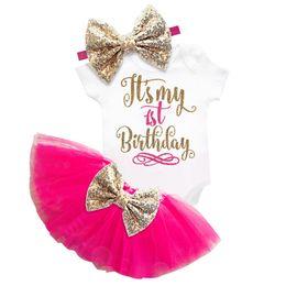 2019 robes de baptême gonflées Mon bébé 1er premier anniversaire Toddler Tutu Gold Dress pour baptême de fille baptême Puffy Cake Smash tenues d'été Tops Taille 12 M promotion robes de baptême gonflées