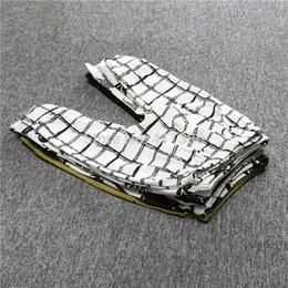 4 UNIDS Nueva Llegada Patrón Geométrico Bebé Pantalones de Algodón Babys Boys Girls PP Pantalones Pantalones Harem Para Recién Nacido Niño Ropa de niña CP181 desde fabricantes