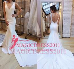 2019 vestidos de casamento 2019 Encantador Sexy Sereia Vestidos de Casamento Profundo Decote Em V Trompete Backless de Cetim Vestido de Noiva Vestidos De Noiva Corte Sereia Vestido De Noiva De Vestido desconto vestidos de casamento
