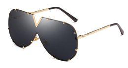 Wholesale pink sea glass - Sun Glasses Women Sunglasses for Men Wholesale Conjoined Sea Film Uv400 Protection Pc Lens Metal Frames High Quality Sunglasses Eyewear