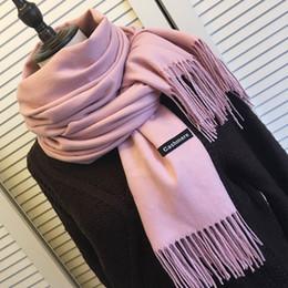 chal grueso al por mayor Rebajas Mujeres de color sólido bufandas con borla dama de invierno gruesa bufanda caliente alta calidad mantón femenino venta caliente al por mayor