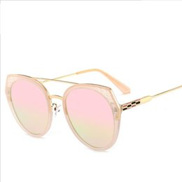 óculos de sol pretos Desconto 2019 Atacado China Ladies Eye Óculos Privada Bonito Rosa Preto Azul Lente Colorida Cat Eye Sunglasses