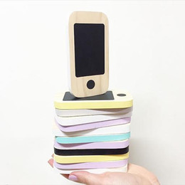 Figurine per bambini online-Kid's Wooden Phone Toys Bambini Nordic Home Figurine Miniature Early Message Board Mobile Phone Chalkboard Regali