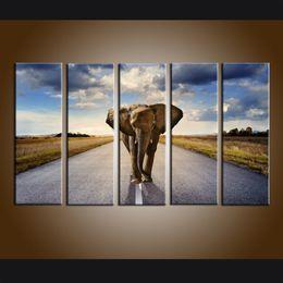 Arte do painel do elefante on-line-Grande 5 Painel Moderno Elefante Africano Pôr Do Sol Paisagem Pintura Impressão de Arte Da Parede Da Lona Contemporânea Para Sala de estar Decoração de Casa Presente ASet03