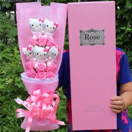 Blumen plüschtiere online-Heißer verkauf stofftiere schöne hellokitty plüsch katzen puppe mit gefälschten rosen cartoon blumenstrauß dekorationen valentines geschenk