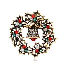 vintage christmas bells Promo Codes - New Design Vintage Wreath Bell Garland Christmas Brooch Exquisite Rhinestone Alloy Pins Popular Christmas Gifts Ornament Fashion Jewelry