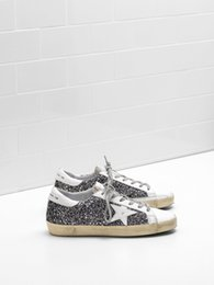 Wholesale genuine leather coats women - Mens And Women Genuine Leather Superstar Sneakers Flag Ltd Upper In Glitter-Coated Fabric Heel Tab And Eyelets In Natural Calf Leather Black