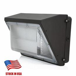 Lámparas de pared tradicionales online-Stock En EE. UU. AC110-277V 80W 100W 120W llevó el paquete de pared lámpara de luz lámpara de pared montada al aire libre llevó el equivalente de 400W lámpara de paquete de pared tradicional
