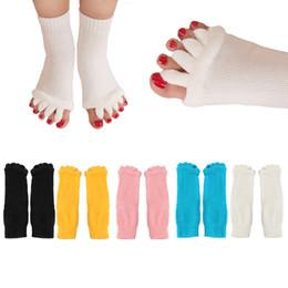 1 paio donne calze yoga stoching 5 dita antiscivolo massaggio in gomma fitness calze calde palestra danza sport esercizio a piedi nudi sentire supplier rubber sports massage da massaggio sportivo in gomma fornitori