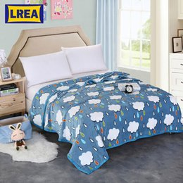 разработка детских кроватей Скидка Бренд высокой плотности пакет края дизайн постельных принадлежностей дети покрывало одеяло обложка на кровати 200x230cm теплое одеяло путешествия LREA