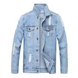MORUANCLE Mode Männer zerrissen Jean Jacken Washed Distressed Denim Trucker Jacken Hellblau Oberbekleidung Doe Man Umlegekragen von Fabrikanten