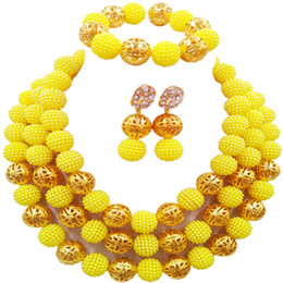 gelbe nigerian perlen schmuck sets Rabatt Gelbe Kostüm Halskette Ohrringe Nigerian Perlen afrikanischen Schmuck Set Hochzeit Brautschmuck Sets 3ZZJS17