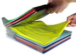Cremagliera di funzione online-EZSTAX Multi Function Clothes Rack Rack Ezstax Shelf Divider T-Shirt Folder File Shelf Divisore Abbigliamento Organizzazione 34.5 * 29.5 * 6.5cm