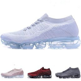 Wholesale Ladies Tennis - New Vapormax 2018 Explorer Light Trainer Men walking casual Sneaker Sports Training women Tennis shoes for Lady size 36-45