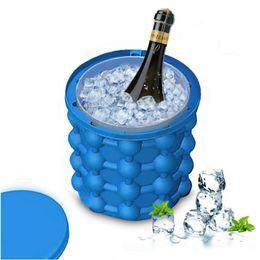 Ice Cube Maker Genie El revolucionario ahorro de espacio Coozie Irlde Ice Genie Herramientas de cocina Cubetas de hielo Juegos al aire libre Agua Cerveza Enfriamiento desde fabricantes