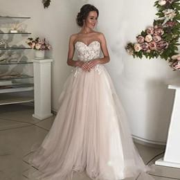 Elegante casamento vestido de casamento on-line-2019 Elegante Vestidos De Noiva Do Laço Querida Apliques de Tule Até O Chão De Champanhe Marfim Vestidos De Noiva Outono País Jardim Vestidos De Casamento